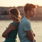 「彼氏とすれ違い、関係に亀裂が入ってしまう振る舞い」恋愛記事まとめ